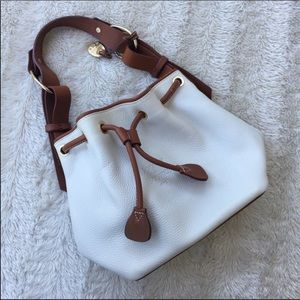 Dooney & Bourke gorgeous great condition white bag